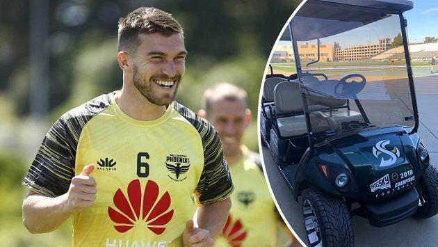 Fotbalista Tim Payne místo karantény vyrazil do ulic Sydney holdovat alkoholu a jako dopravní prostředek zvolil golfový vozík. Ilustrační foto