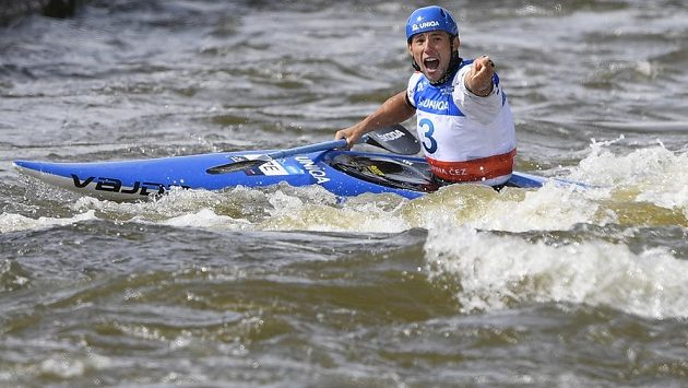 Kajakář Jiří Prskavec suverénně vyhrál pražské finále Světového poháru ve vodním slalomu a obhájil prvenství v seriálu.