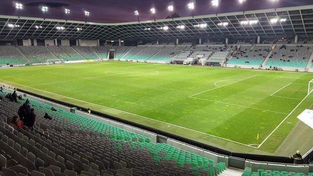 Na fotbalové stadiony se začnou vracet diváci - ilustrační foto