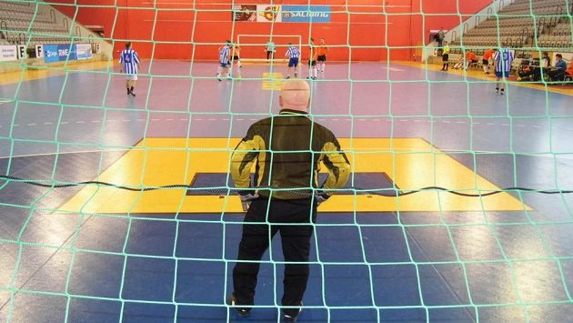 Gólman Ospapu Vanžura vytáhl ze své mošničky hned několik spektakulárních zákroků, především v zápase s odvěkým rivalem Pražskou teplárenskou. Nemusela ho tak ani mrzet neproměněná penalta ze stejného zápasu.