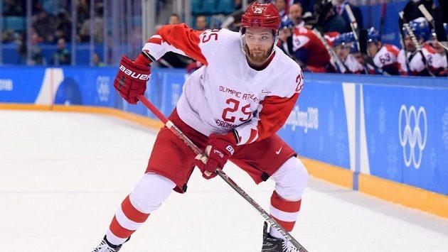 Ruský hokejový útočník Michail Grigorenko se po třech letech vrátí do NHL.