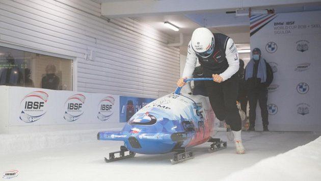 Dominik Dvořák při tréninku v Siguldě.