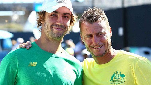 Lleyton Hewitt (vpravo) čtyřhru v Brisbane odehraje po boku Jordana Thompsona (vlevo).