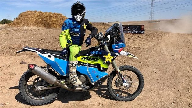 Příprava na Dakar pokračuje. Závodník Libor Podmol bojuje na rallye ve Španělsku.