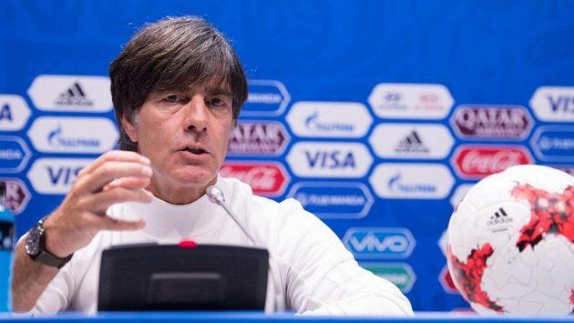 Kouč Němců Joachim Löw nominoval tým na kvalifikační zápas proti Česku.