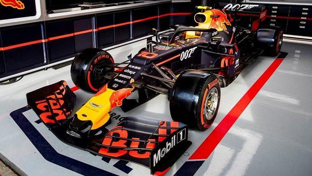 Monoposty Red Bullu budou pro Velkou cenu Velké Británie mít na sobě označení 007.