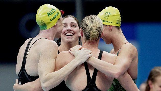 Radost australských plavkyň.