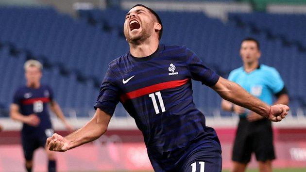 Francouz Teji Savanier slaví na olympiádě gól proti JAR.