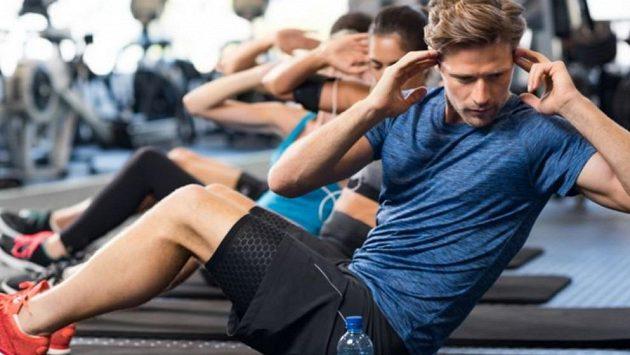 Břicho zpevníte jen pravidelným cvičením.