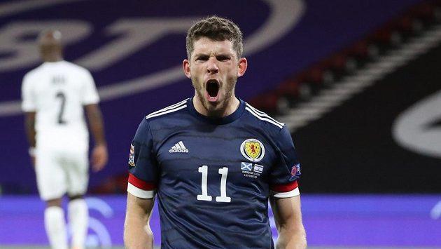 Skot Ryan Christie slaví gól proti Izraeli.