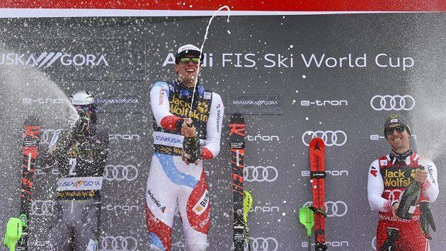Švýcarský lyžař Ramon Zenhäusern si v Kranjské Goře připsal první výhru v klasickém slalomu Světového poháru.