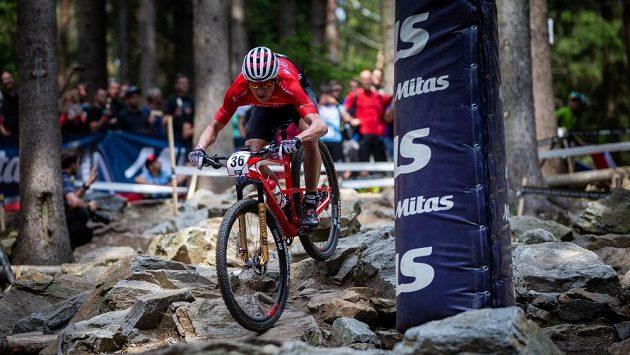 Biker Ondřej Cink při závodě světového poháru