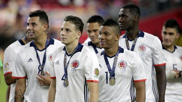 Fotbalisté USA s bronzovými medailemi z Copa America.