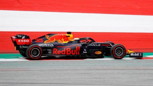 Max Verstappen z Red Bullu během tréninku na Velkou cenu Rakouska.