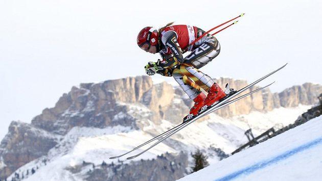 Ester Ledecká coby lyžařka ve Val Gardeně. Ale MS může jet i na snowboardu.