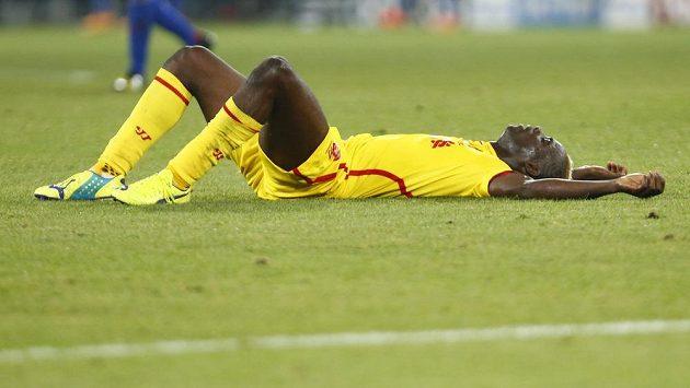 Zklamaný liverpoolský útočník Mario Balotelli po nedávné porážce v Basileji.