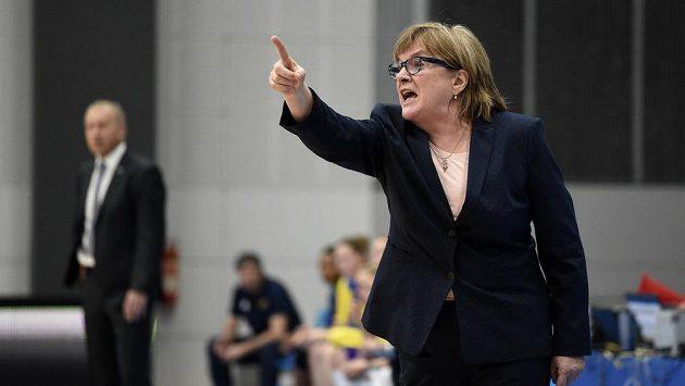 Trenérka USK Praha Natália Hejková.