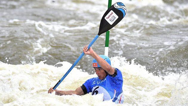 Kajakář Jiří Prskavec během finálové jízdy Světověho poháru ve vodním slalomu na trojském kanále v Praze.