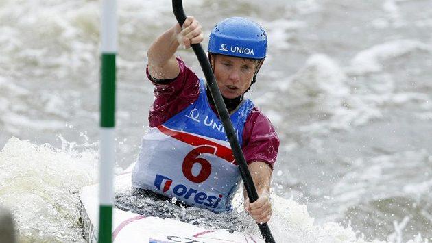 Štěpánka Hilgertová v semifinále mistrovství světa ve vodním slalomu.