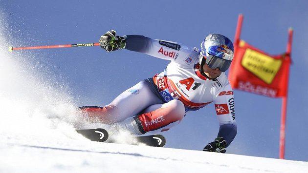 Francouzský lyžař Alexis Pinturault během závodu v Söldenu.