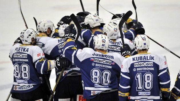 Radost plzeňských hokejistů po výhře