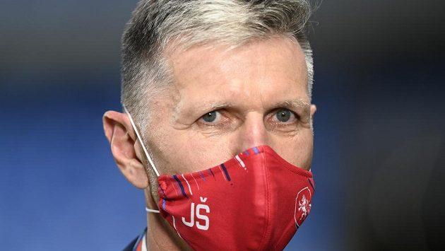Trenér Jaroslav Šilhavý před zápasem na Slovensku.