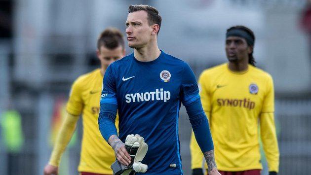 Zklamaný brankář Sparty Praha Marek Štěch.
