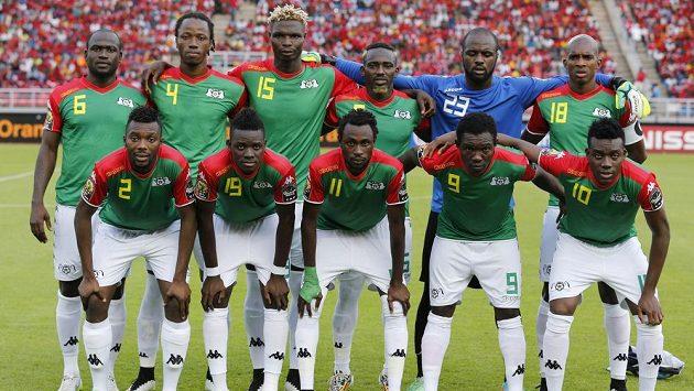 Fotbalisté Burkiny Faso před zápasem s Rovníkovou Guineou.