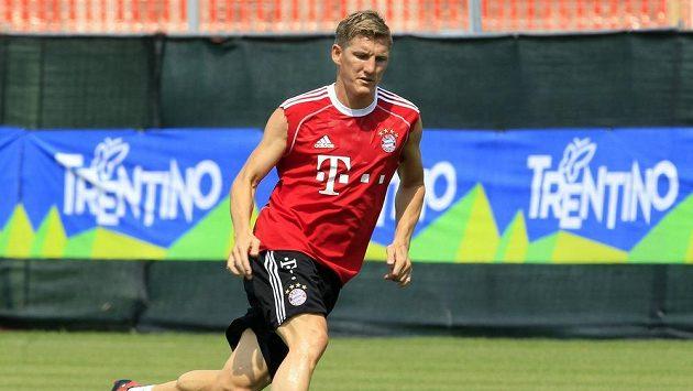 Německý fotbalista Bayernu Mnichov Bastian Schweinsteiger během přípravy na novou sezónu.