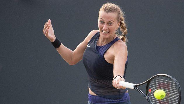 Česká tenistka Petra Kvitová během semifinále na turnaji v německém Bad Homburgu.