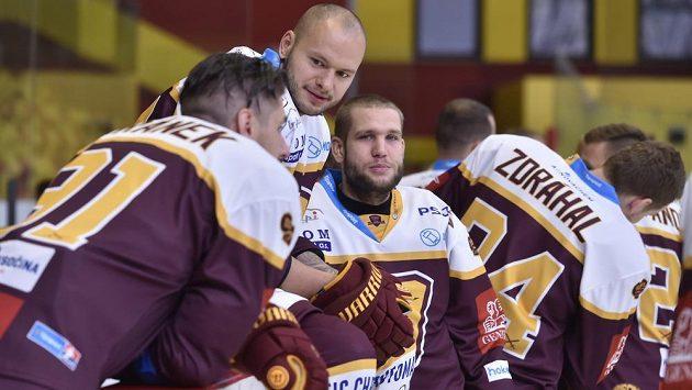 Jihlavští hokejisté (zleva) Tomáš Jiránek, Radoslav Macík, Filip Surovka a Jan Zdráhal.