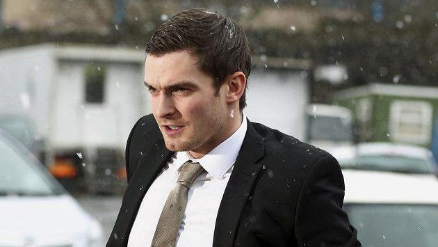 Bývalý hráč Sunderlandu Adam Johnson přijíždí k soudu.