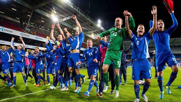 Radost fotbalistů Islandu neznala mezí.