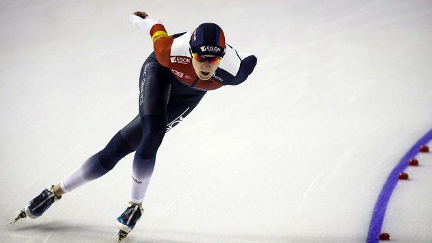 Česká rychlobruslařka Martina Sáblíková při závodech v kanadském Calgary.
