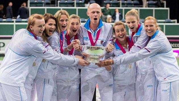 Bude se Petr Pála radovat z páté trofeje pro vítěze Fed Cupu?