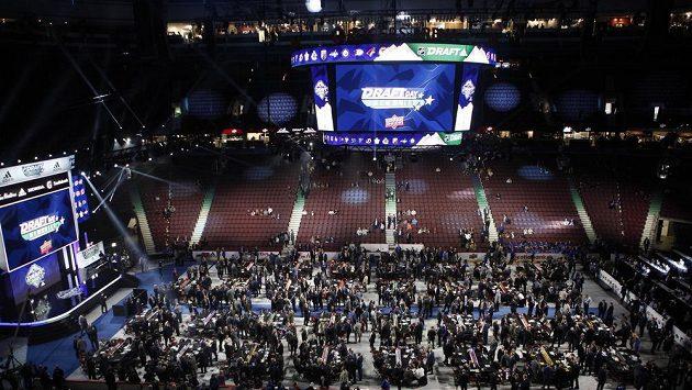 Během draftu, který proběhl ve Vancouveru se rozhodovalo také o platovém stropu.