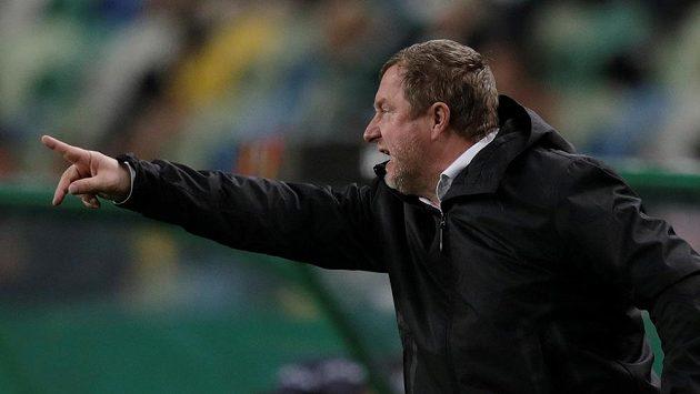 Trenér Viktorie Plzeň Pavel Vrba měl svým svěřencům během duelu Evropské ligy v Lisabonu co říct, často gestikuloval před lavičkou. Sporting nakonec vyhrál 2:0 a ke čtvrtfinále má blíže.