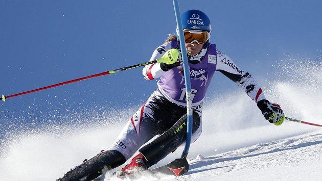 Rakouská lyžařka Mariles Schildová v Courchevelu.