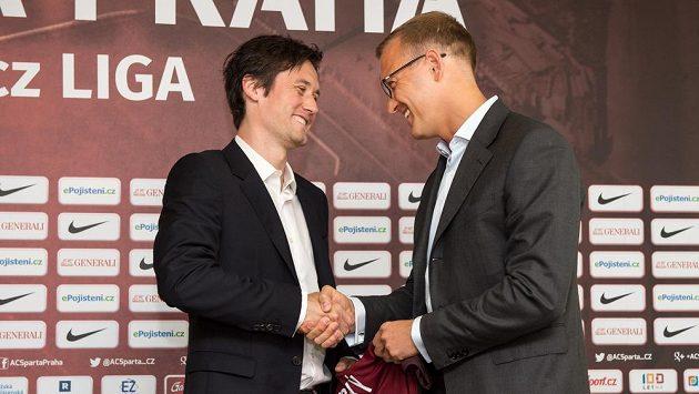 Majitel kubu Daniel Křetínský (vpravo) se ve vedení sportovního úseku Sparty nadále spoléhá i na Tomáše Rosického.