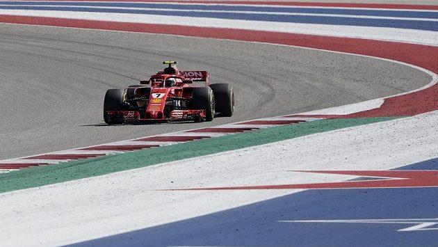 Pilot Ferrari Kimi Räikkönen při Velké ceně USA.