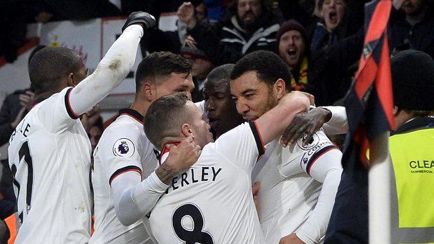 Fotbalisté Watfordu se radují z gólu - ilustrační foto.