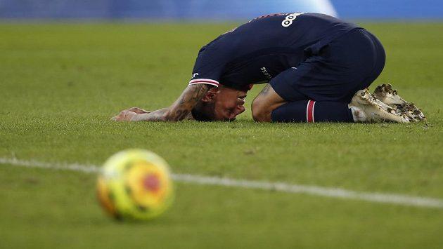 Fotbalista PSG Angel Di Maria po neproměněné šanci proti Metám.