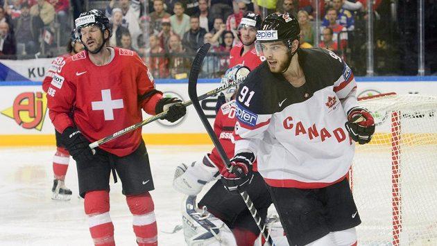 Tyler Seguin z Kanady se raduje z gólu proti Švýcarsku.