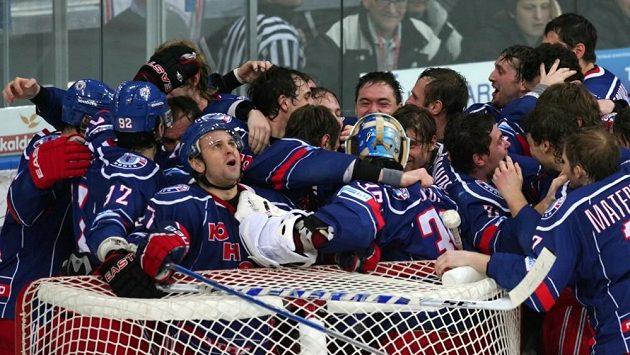 Hokejisté Junosti Minsk - ilustrační foto.