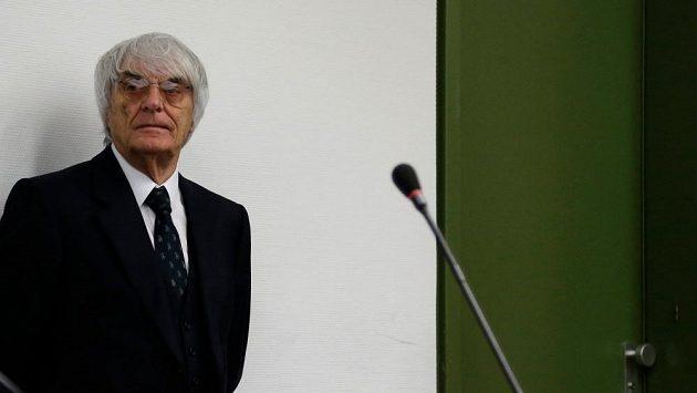 Promotér formule 1 Bernie Ecclestone