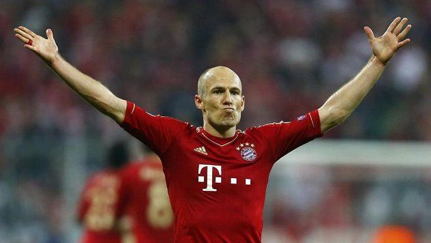 Arjen Robben z Bayernu oslavuje gól proti Barceloně.