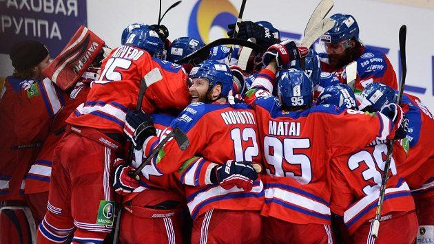 Hokejisté Lva Praha v KHL končí.