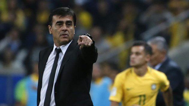 Po dvou letech byl od fotbalové reprezentace odvolán Gustavo Quinteros (na snímku). Zachránit účast na šampionátu v Rusku se pokusí pro Ekvádor Argentinec Jorge Célico.