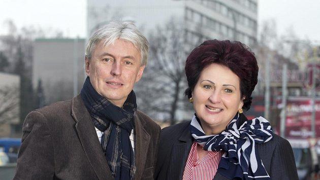 Libor Varhaník na archivním snímku s Helenou Fibingerovou.