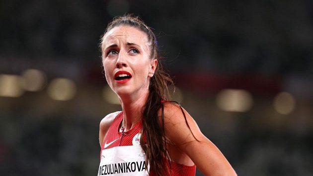 Česká reprezentanka Diana Mezuliáníková po finiši semifinálového závodu na 1500 m.